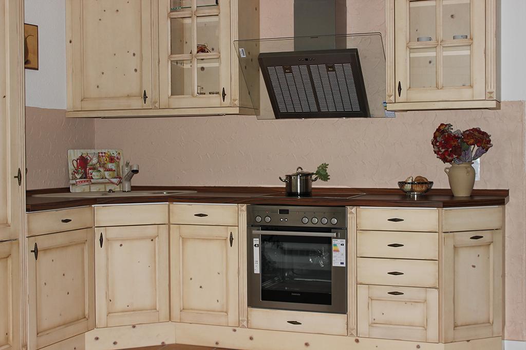 Ausstellung abverkauf uka kuchen for Küche abverkauf